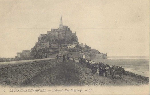 1492846703-Mont-St-Michel-Arrive-e-d-un-pe-lerinage
